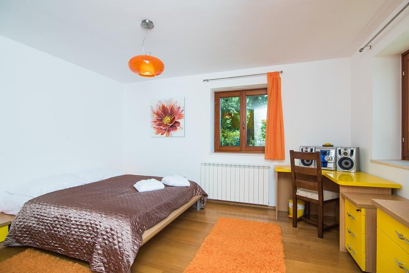 Dormitorio 1, superficie: 17 m²