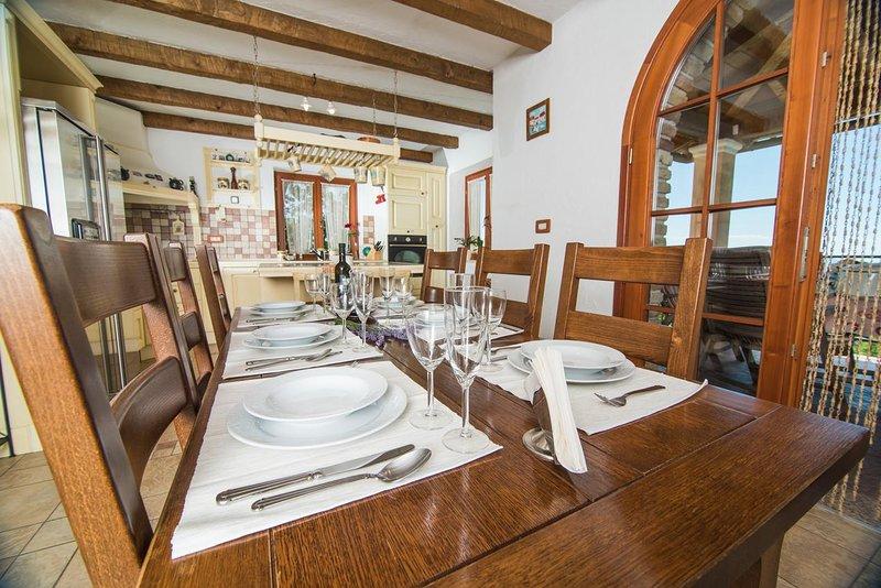 Comedor, Superficie: 15 m²