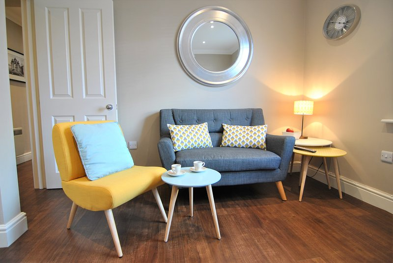 Studio 4a Lord Raglan House by Accommodation Windsor, holiday rental in Winkfield