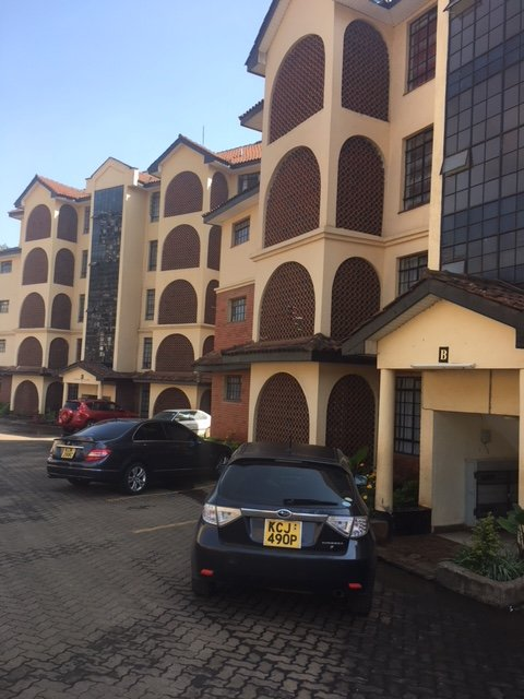 Elegant Fully furnished 3 bed apartment, holiday rental in Nairobi Region