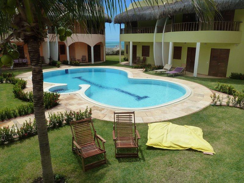 'VILLA SERENA' na melhor posição,frente para o mar de CANOA QUEBRADA., vacation rental in Guajiru