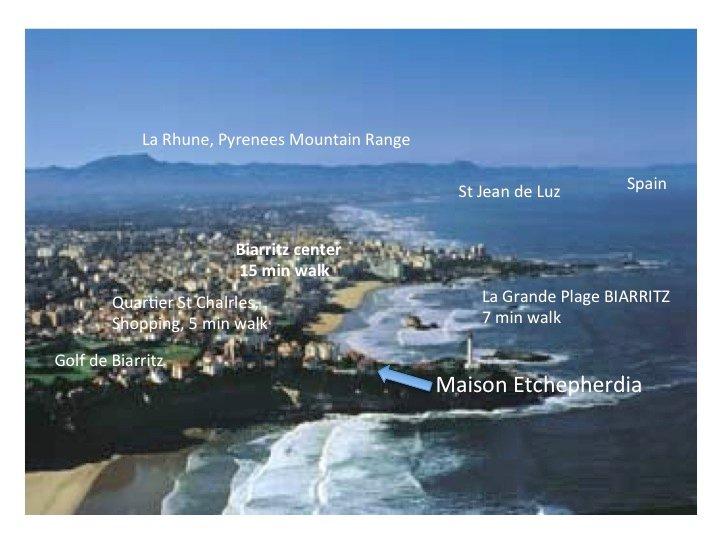 Luftaufnahme von Biarritz und Region, mit der Villa in der vorderen Front