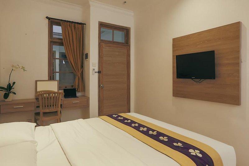 Akila Stay Denpasar: Room 3, holiday rental in Dangin Puri
