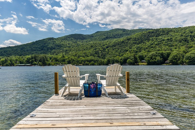 Lake Sunapee Waterfront w/private dock - 4 mins to Mount Sunapee - Sleeps 8, vacation rental in Washington