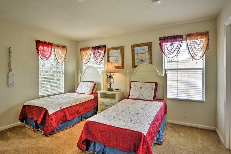 Kids can have their pick of the 3 twin bedrooms.