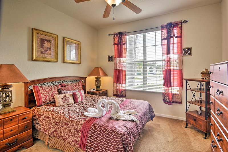 Two travelers can rest easy in this queen bedroom.