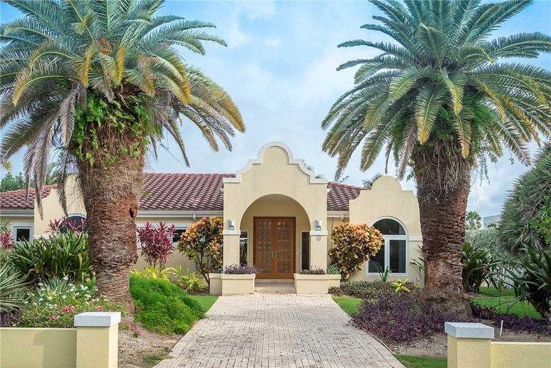 Lime Tree Villa, Ferienwohnung in Grand Cayman