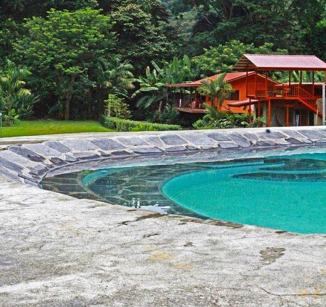 Dominical River Cottage, aluguéis de temporada em Guapil