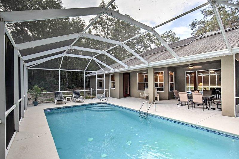 Trascorri del tempo con i tuoi cari in questa casa vacanze a Citrus Springs!