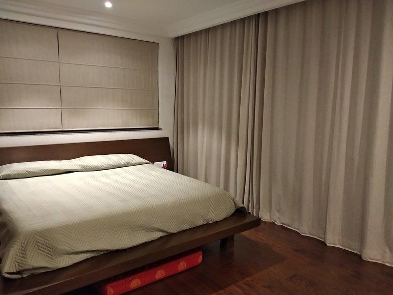 Chambre bien éclairée