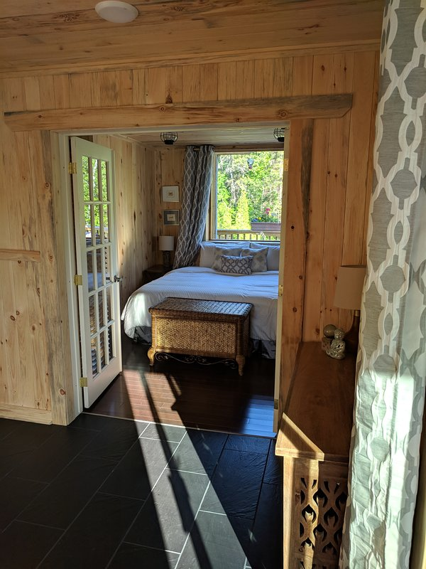 Garden suite