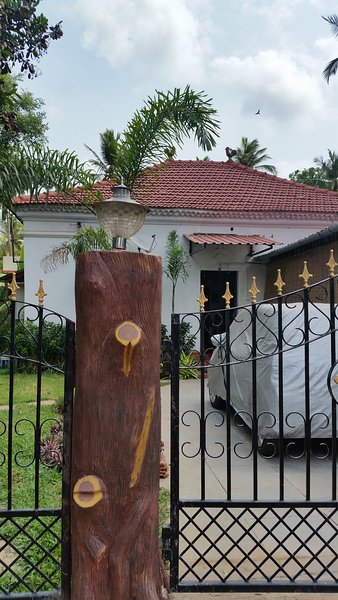 Casa de Fernandes - The Main House CloseUp