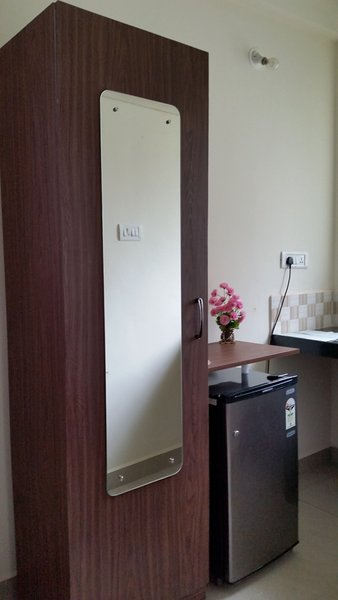 Casa de Fernandes - Room 2 Wadrobe & Refrigerator