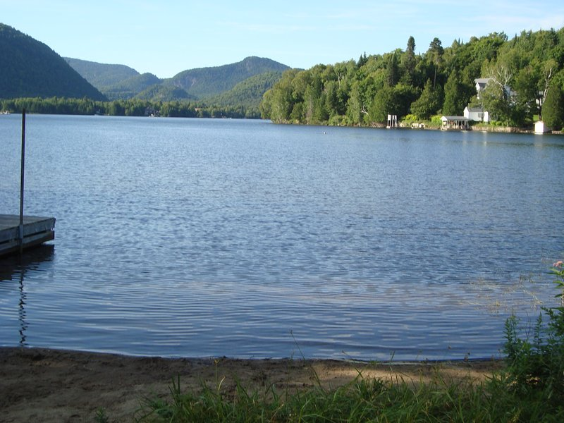 Beautiful Lac Superieur a short 20 min. walk/5 min. drive