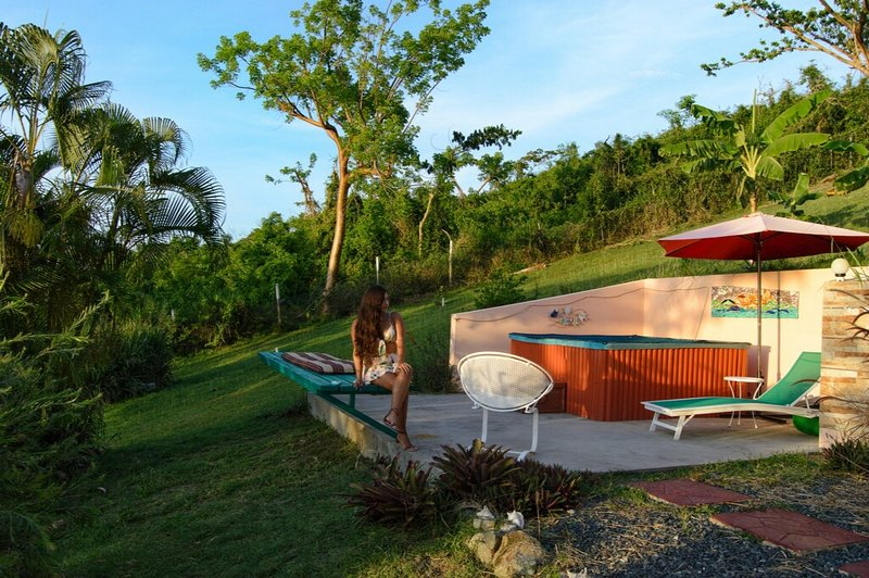 secluded solar heated  tub for your relaxation and enjoynment -  solar heated
