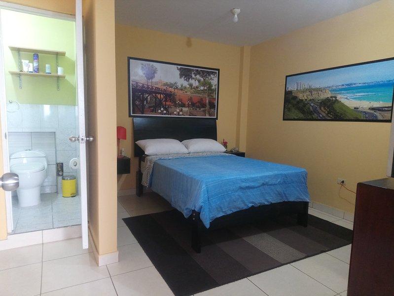 Hospedaje a 4 minutos del Aeropuerto Internacional Jorge Chavez, holiday rental in Callao