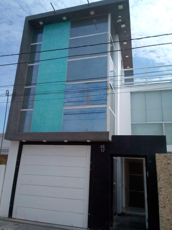 LUIGI´S HOUSE