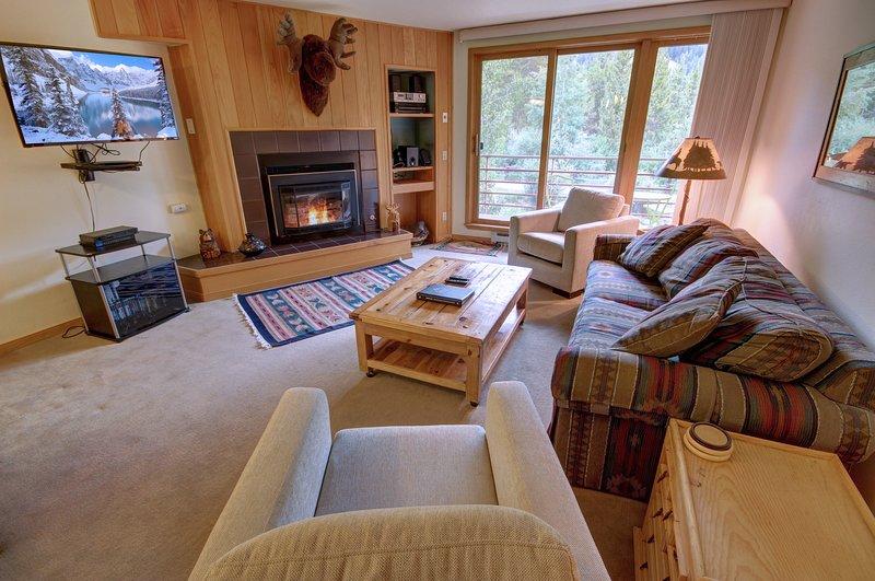 Près des pistes, vous apprécierez ce condo d'une chambre à Ski Run.