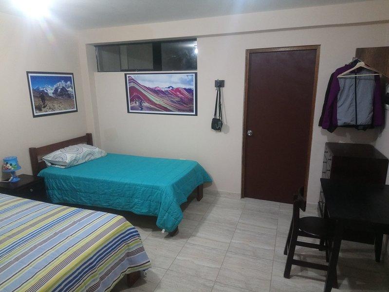 Bienvenidos Familia o grupos., holiday rental in Callao