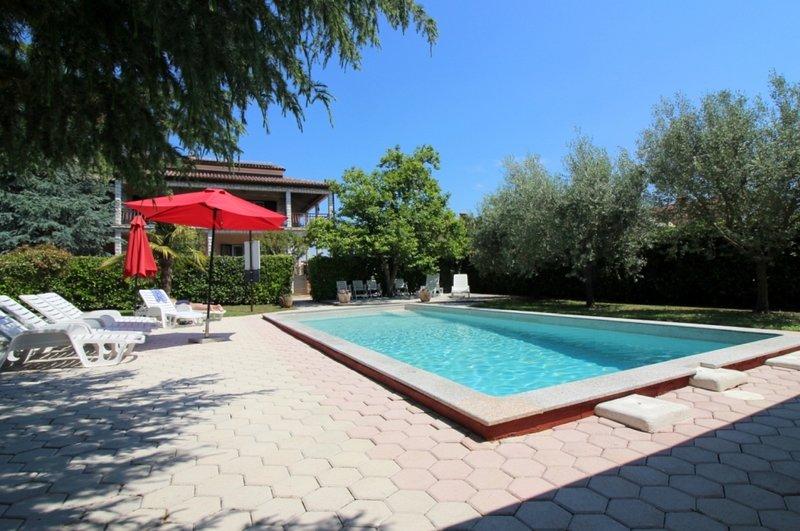 Ferienhaus 4400-1 für 3+2 Pers. in Porec, location de vacances à Varvari