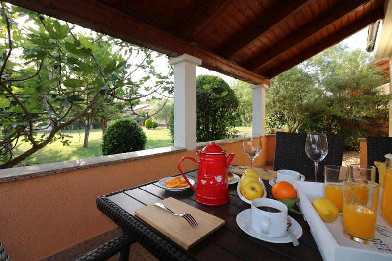 Ferienhaus 4400-8 für 3+2 Pers. in Porec, location de vacances à Varvari