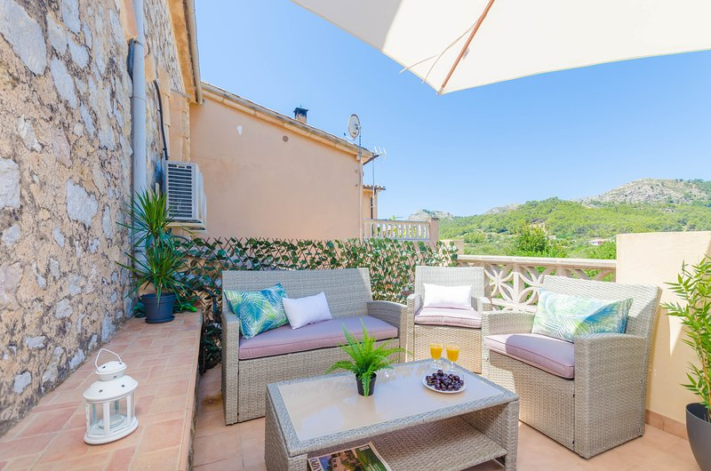 CAN DAMIA  - Chalet for 9 people in S´Arracó, holiday rental in Sant Elm