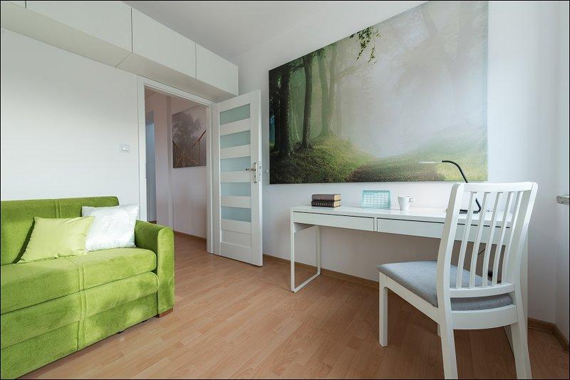 Two bedroom apartment - BIALOBRZESKA, casa vacanza a Piastow