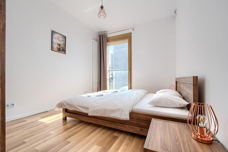One Bedroom Apartment - Kolejowa 1, casa vacanza a Piastow