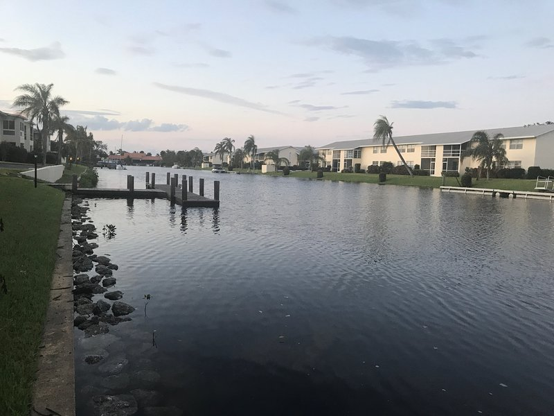 Waterfront Condo, holiday rental in Indian River Shores