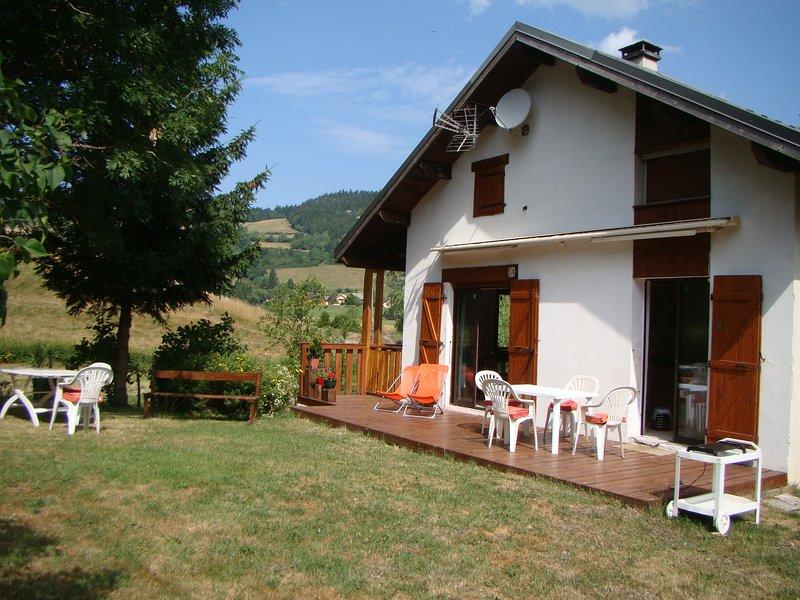 Huis / terras en omheinde tuin