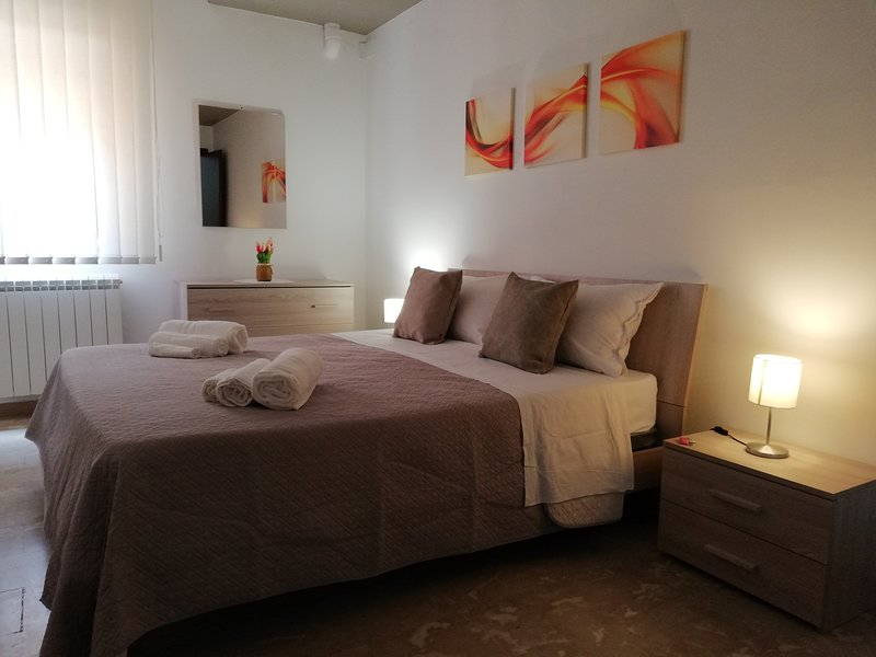 AgriCentro 1 - appartamento con garage, holiday rental in Agrigento