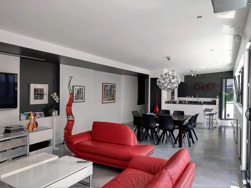 Maison d'architecte***** by Beds76, holiday rental in Le Grand-Quevilly