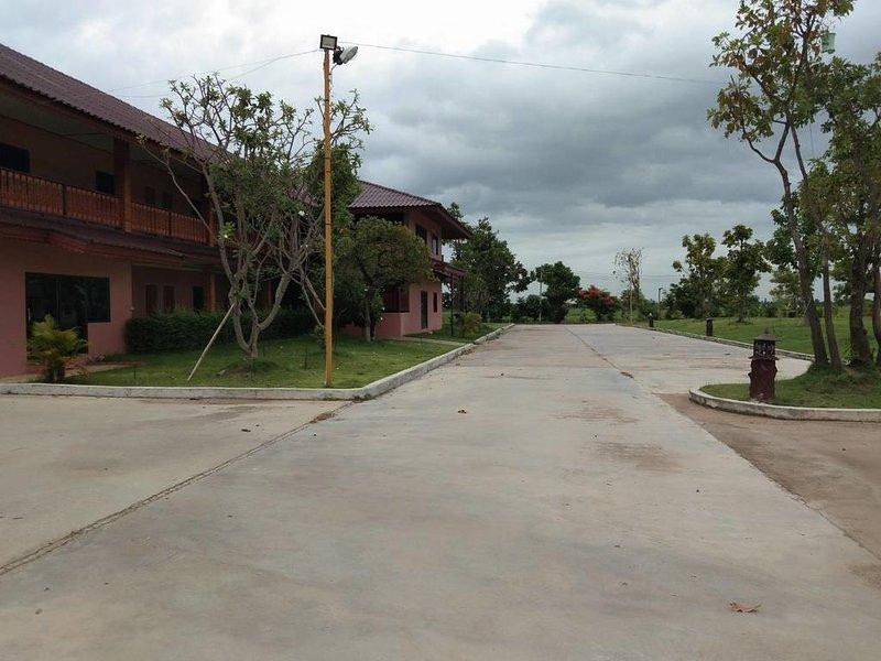 Sukhothai Grand Resort & Spa (Standard King Room 3), alquiler vacacional en Sukhothai