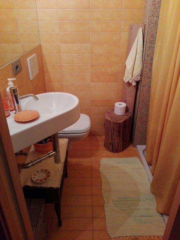 Bathroom Marina room