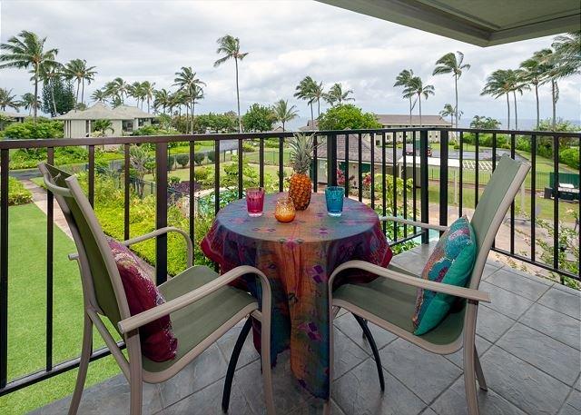 Kauai vacation rentals Alii Kai 8H ocean view lanai