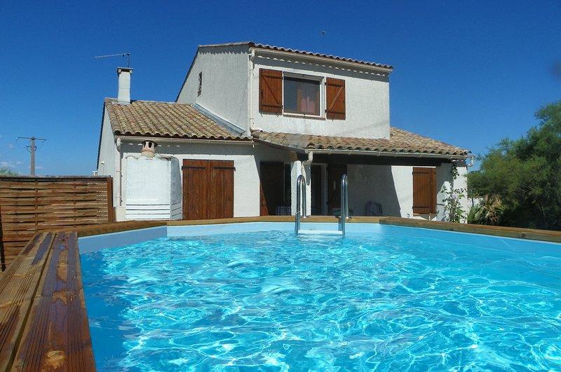 Villa  120 m²  6 personnes ,propriété 1000 m².4 CH.2 SDB. WiFi Village cathare entre mer et montagne