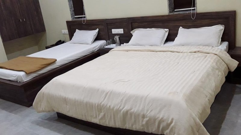 Ambassador Hotel - Deluxe Triple Room 1, holiday rental in Bhor