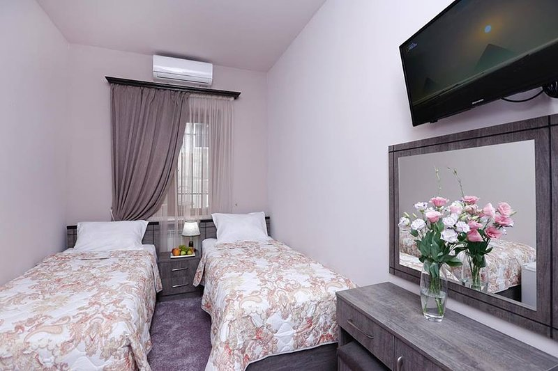 The Yard Guesthouse Updated 2020 3 Bedroom Guest House In Yerevan