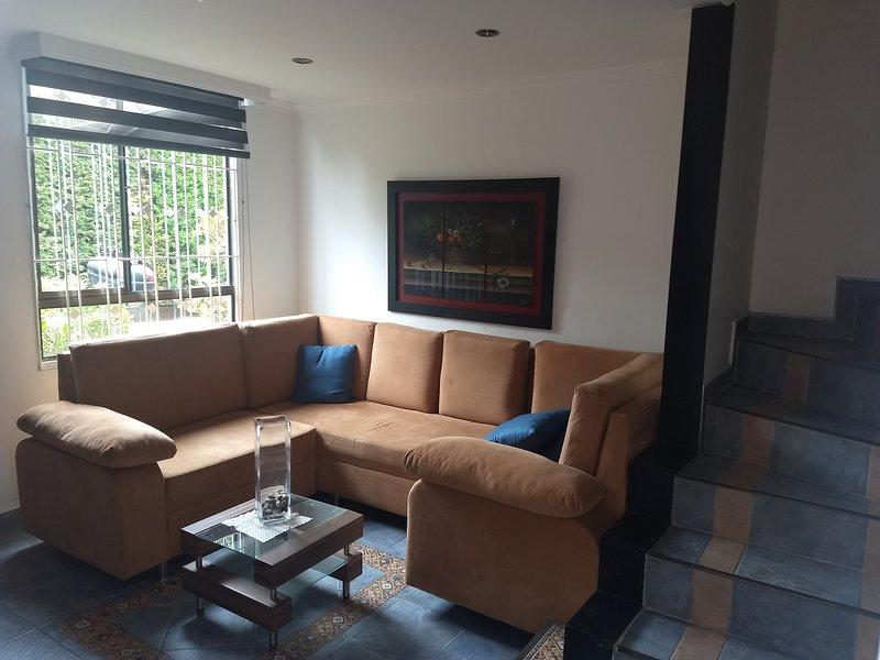casa  oficinas (home-office) Bogota, holiday rental in Tabio