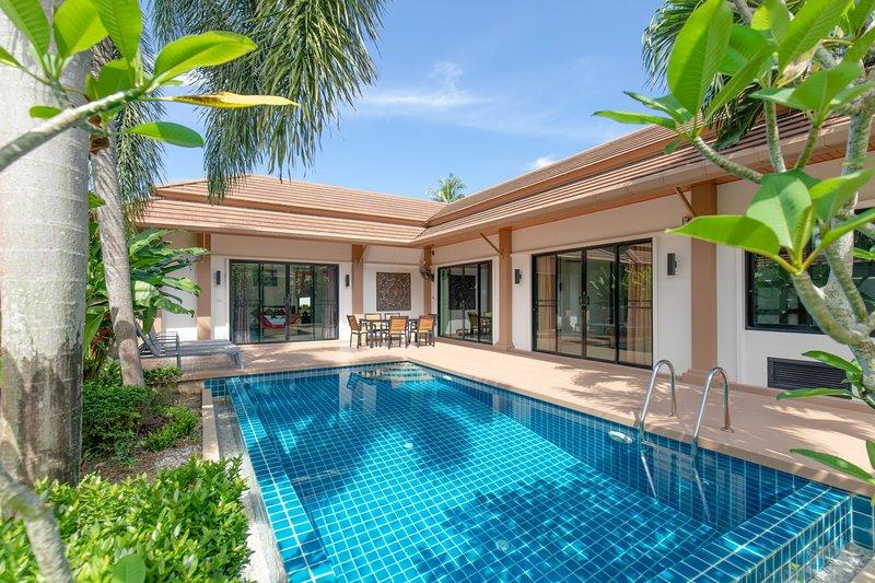 3 Bedrooms Private Pool Villa - Zen Villa, holiday rental in Ban Trisuk