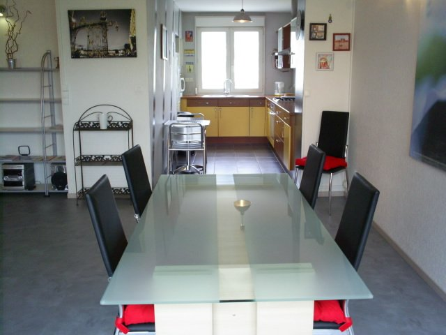APPART' MEUBLÉ NANCY-LAXOU 90m² 1 à 6 personnes, holiday rental in Nancy
