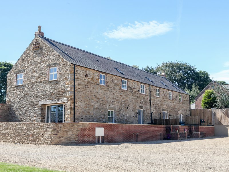 The Granary, en-suite bedrooms, woodburner, pet friendly, near Durham, Ferienwohnung in Waterhouses