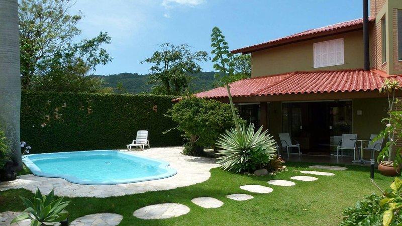 Casa ampla com Piscina - Barra da Lagoa, alquiler de vacaciones en Florianópolis