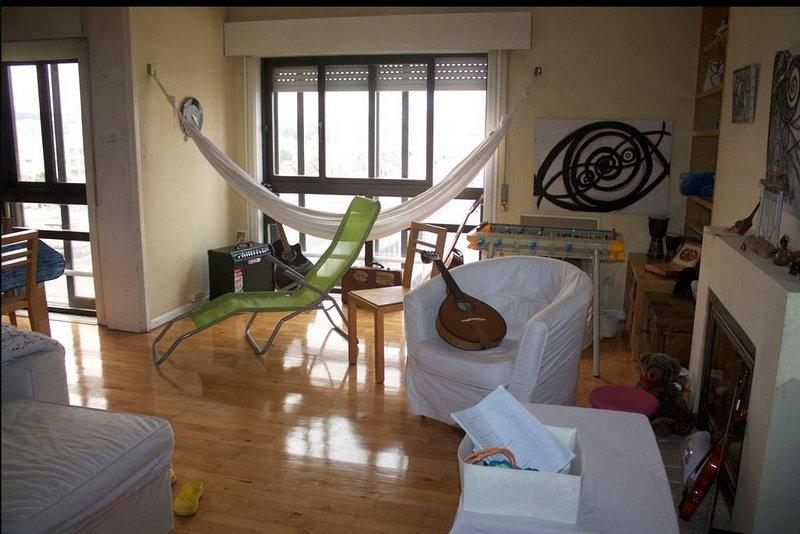 Spacious apt with sea view & Wifi, location de vacances à Leca da Palmeira