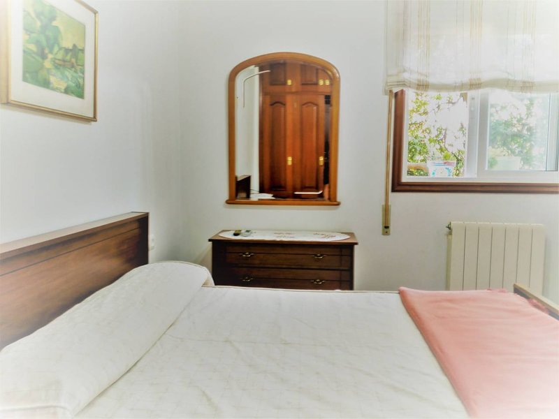 Villa Robleda - B1, vacation rental in Vigo