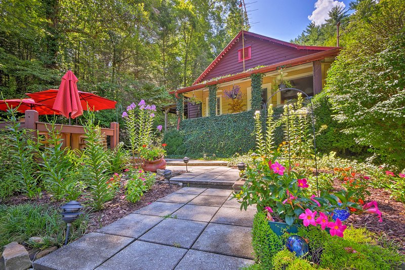 Experience the beauty of the Blue Ridge mountains when you book this cottage.