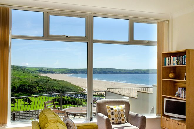 Fabulous 2-Bed Apartment with Stunning Views over Woolacombe Bay, Ferienwohnung in Woolacombe