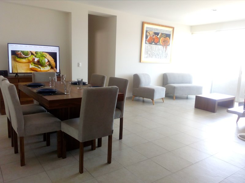 WellRenting - Zona Norte - Premium, holiday rental in Leon