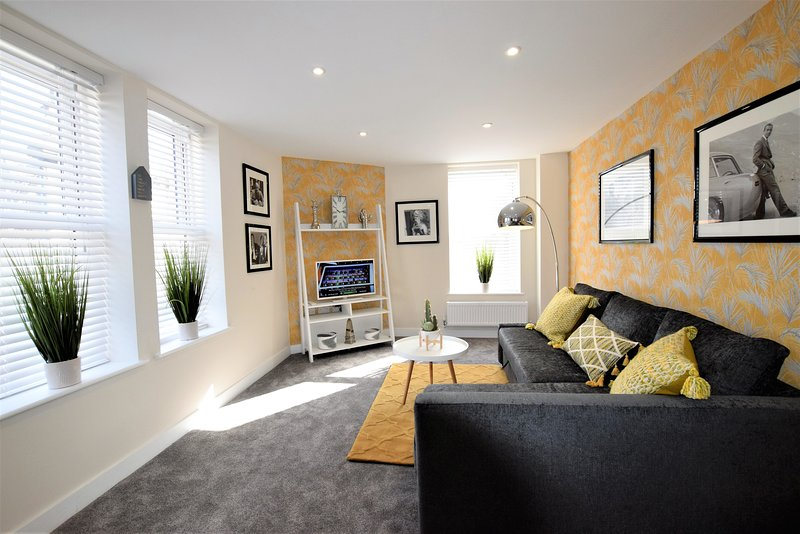 The Old Bank 3 - yourapartment, holiday rental in Keynsham