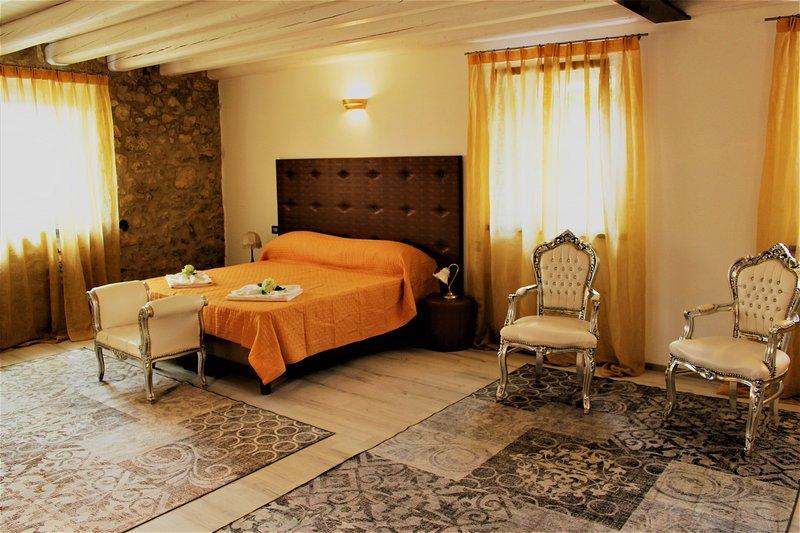 Arco di Vino - Suite Giove, holiday rental in Valgatara